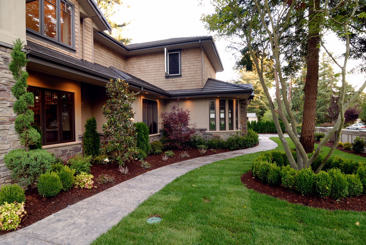 10 LANDSCAPE DESIGN TIPS FOR BEGINNERS - Omar Gardens Blog on landscape idea for the front of your house, front walkways to house, frontrunners landscape designs house, landscaping near house,